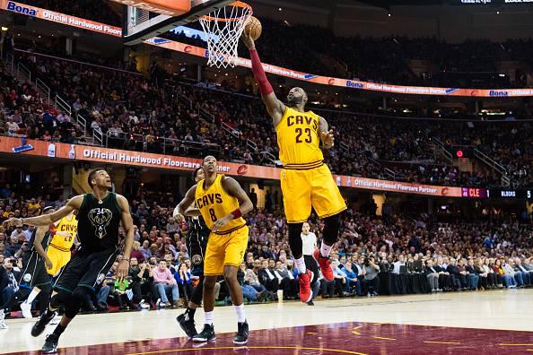 NBA: vincono Cavaliers e Warriors, crollano i Rockets. Tutti i risultati