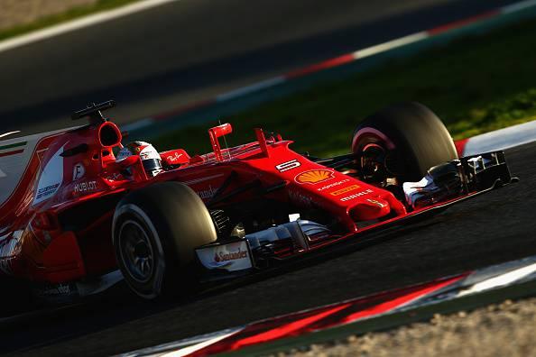 Test Barcellona, day 3: Bottas il più veloce. Vettel secondo ma si ferma