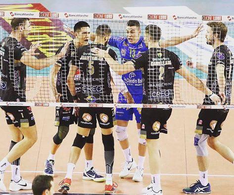 Volley, vola Civitanova: sorpresa Milano nella prima giornata