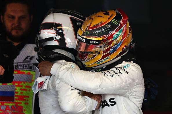 """F1, GP Russia, Bottas: """"Il mio obiettivo è il Mondiale"""". Hamilton: """"Contento per Valtteri"""""""