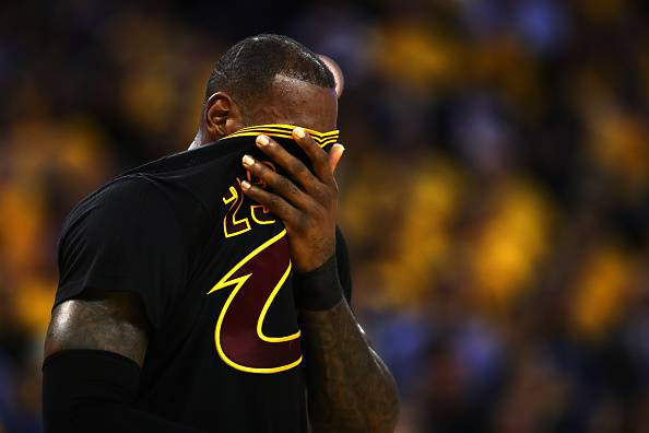 LeBron James gara 2 nba finals