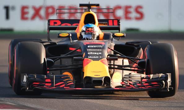 F1, GP Azerbaigian: Gran Premio surreale, trionfa Ricciardo