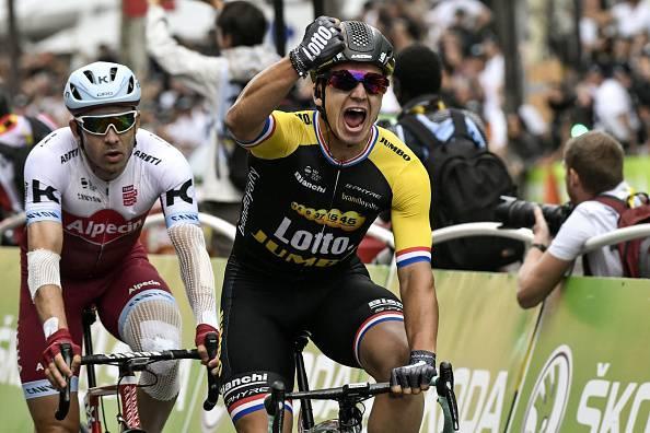 Tour de France: Groenewegen chiude l'edizione 2017. Froome festeggia