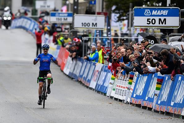 Ciclismo, Bergen 2017: doppietta per Elena Pirrone. L'azzurra conquista il titolo nella prova in linea