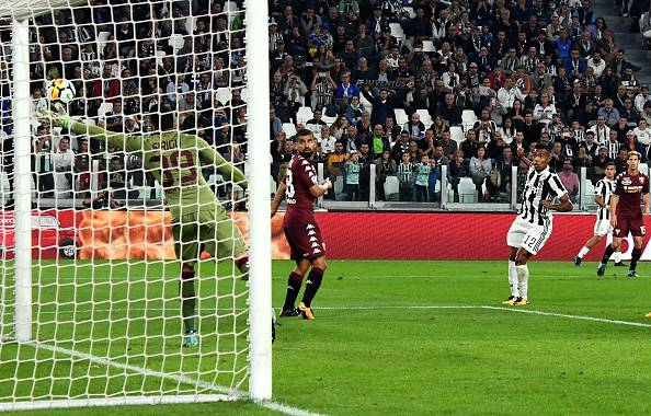 Serie A, Juventus e Dybala inarrestabili. Torino battuto 4-0