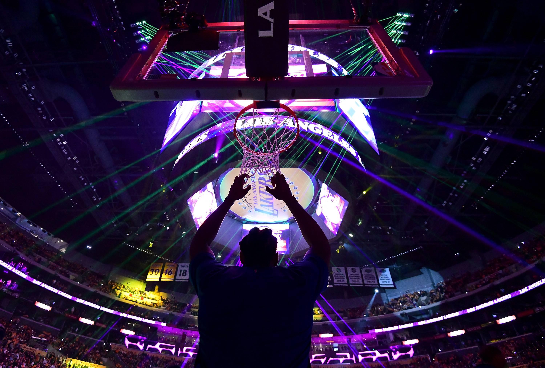 NBA, tutto facile per i Thunder. Gallinari vince il derby di L.A.