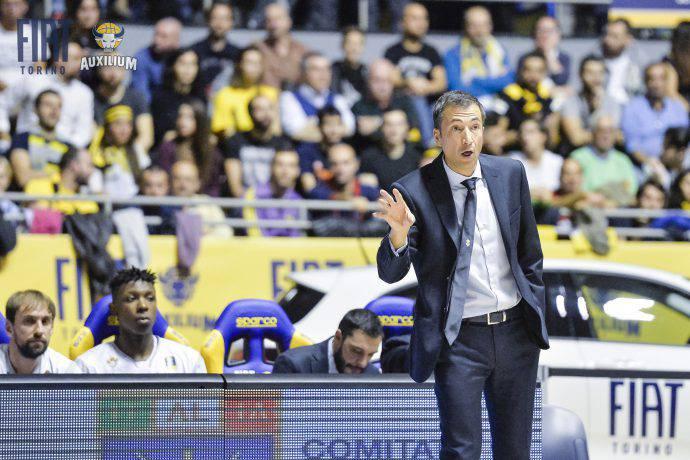 banchi coach torino