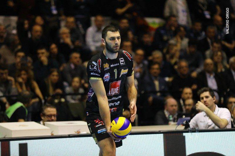 Volley, che rimonta per Civitanova! Piacenza lotta ma crolla