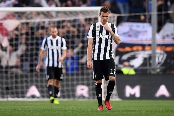 Serie A, la Juventus perde a Genova. Colpi esterni di Sassuolo e Cagliari