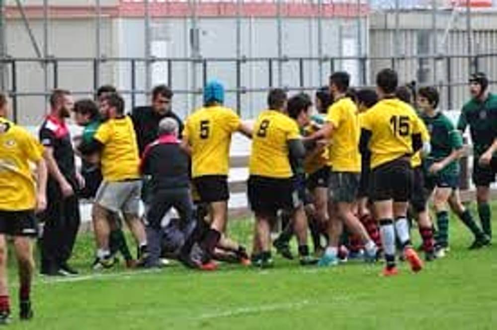 Rugby, sfida Under 16: è rissa a Padova… tra i genitori