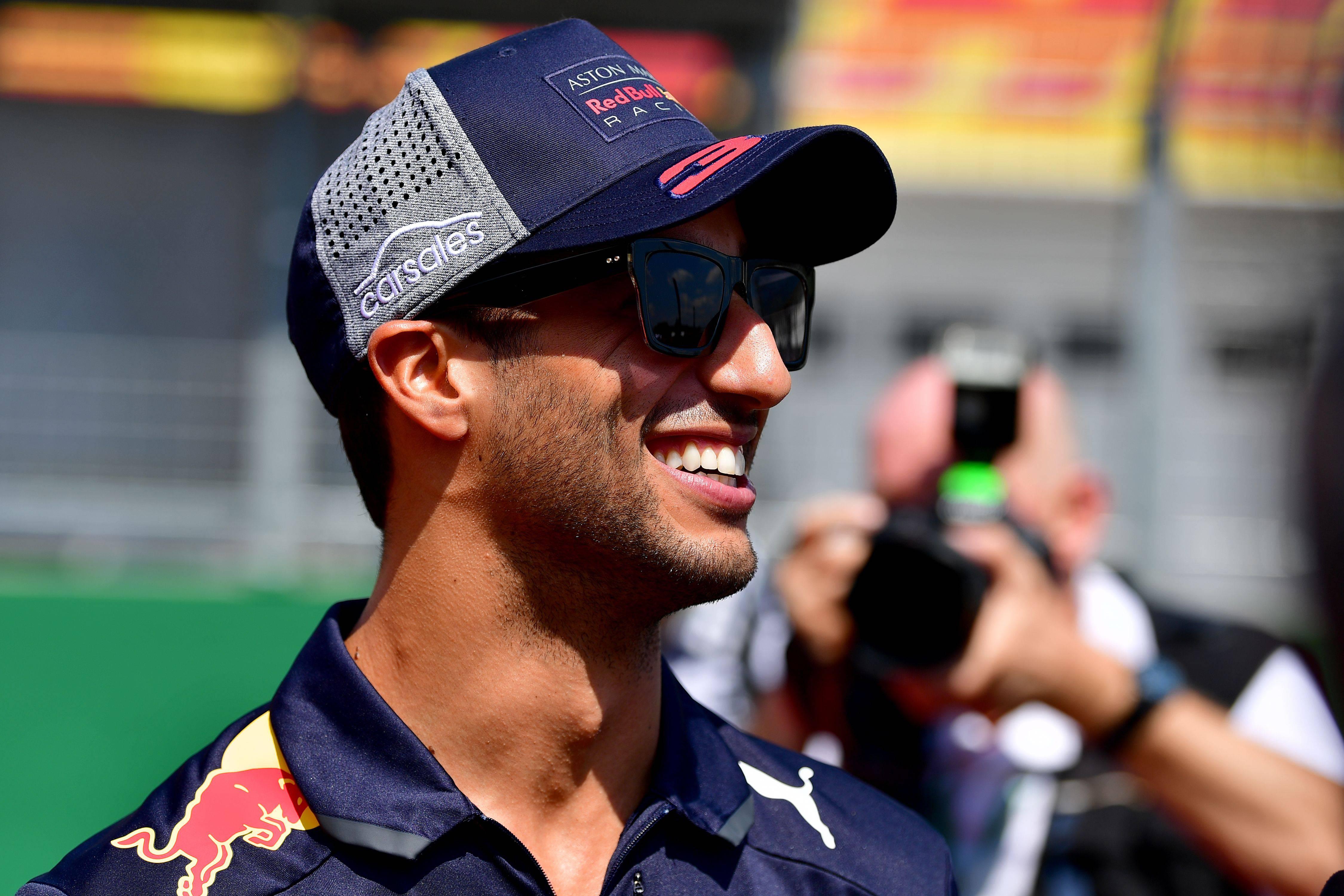 Formula 1, Ricciardo ha firmato con la Renault per due anni