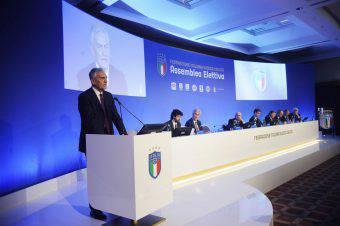 la Figc ha aperto un 'inchiesta sulla gestione dei positivi covid Napoli