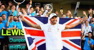 Lewis Hamilton appoggia Sebastian Vettel