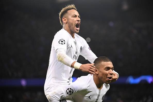 Mbappè e Neymar PSG