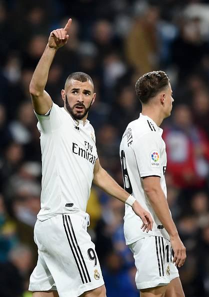 Karim Benzema doppietta contro il Bilbao. 20 goal in Liga come Messi