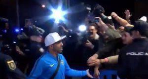 Il Boca arriva in albergo tra i fan in delirio