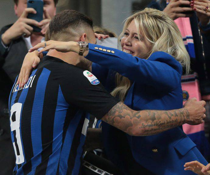 Icardi Wanda Nara Inter rinnovo