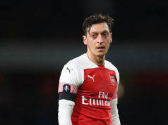 Ozil Arsenal PSG