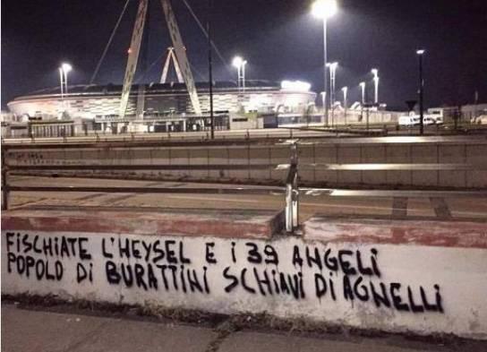 Contestazione tifosi Juventus al presidente Agnelli