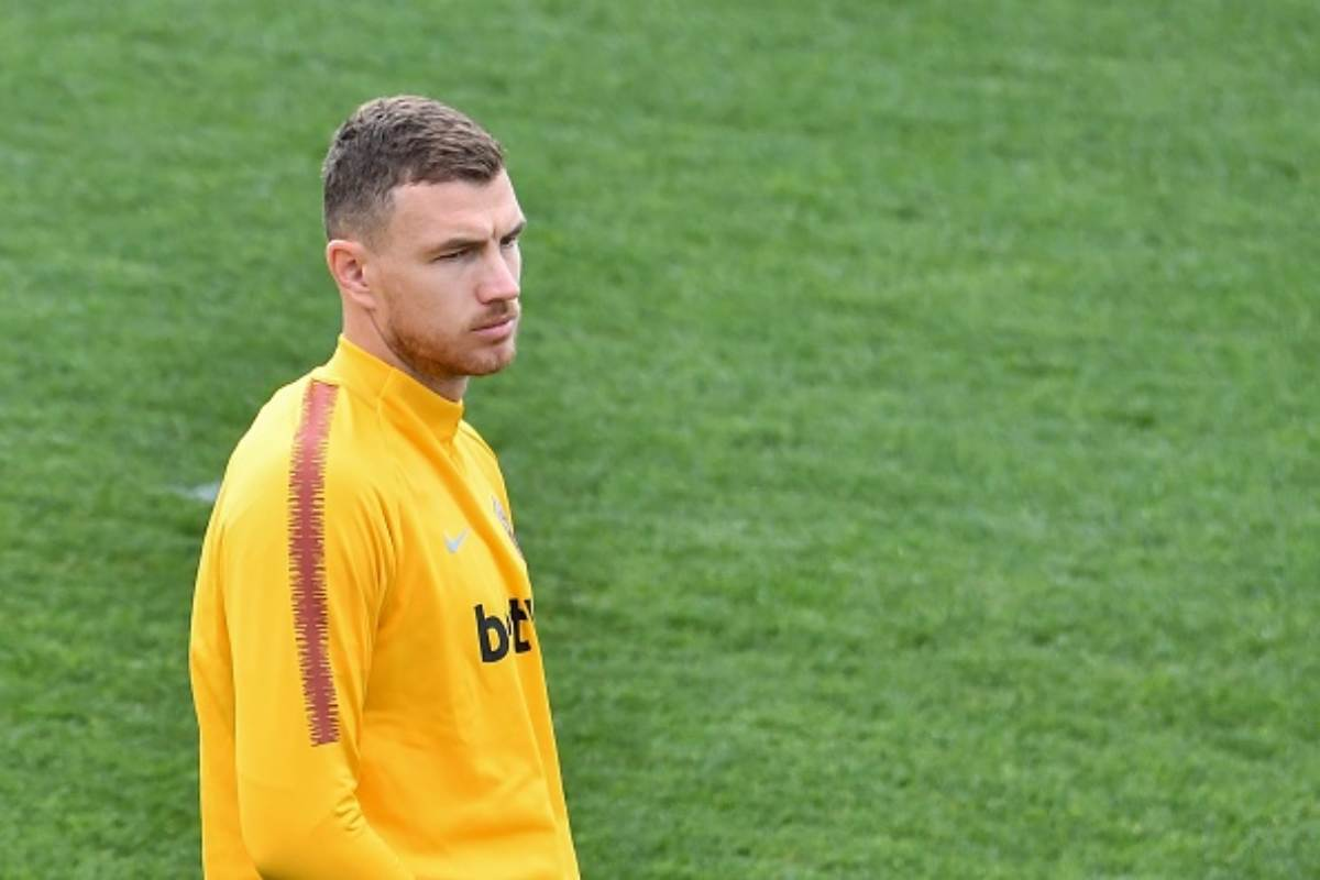 Calciomercato | La Roma scarica Dzeko: il sostituto gioca nel Napoli
