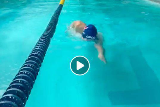 Manuel Bortuzzo torna a nuotare dopo la sparatoria di Roma
