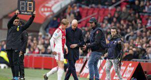 De Jong lascia il campo per infortunio
