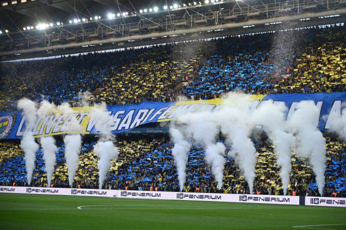 Grande spettacolo dei tifosi del Fenerbahçe