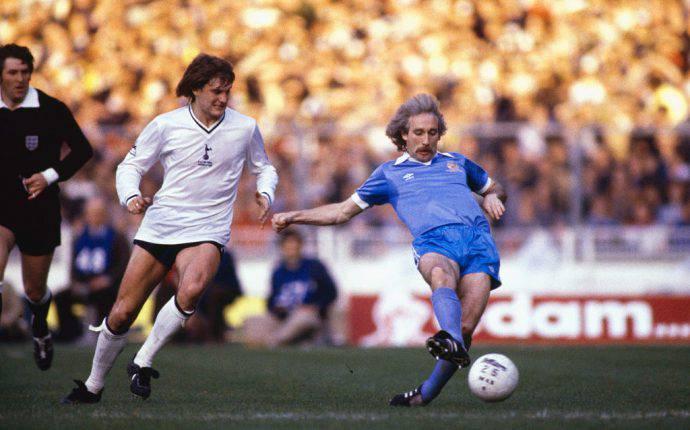 Hoddle contro il Man City nel 1981