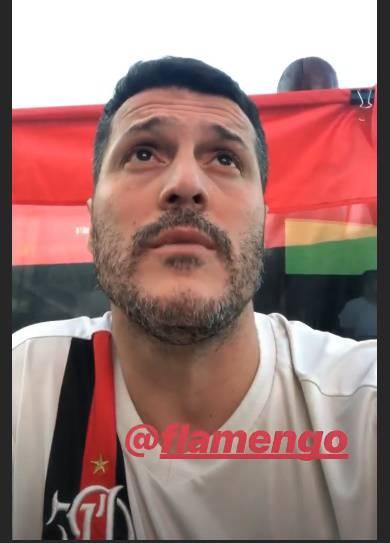 Julio Cesar festeggia il Flamengo Campione Carioca