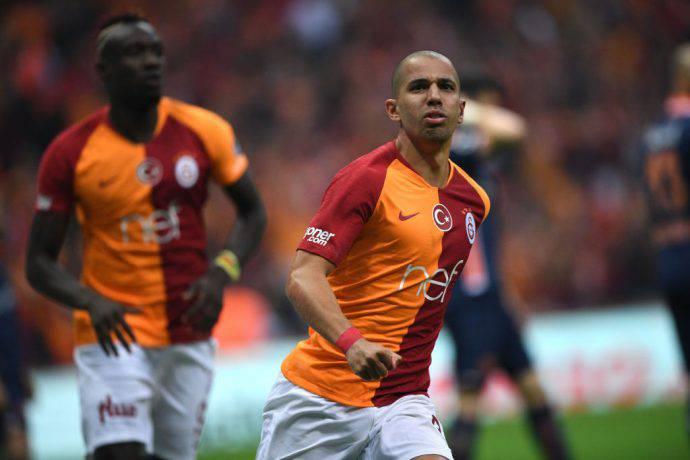 L'algerino Feghouli segna nella gara scudetto del Galatasaray