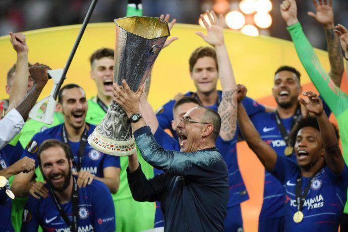 Sarri alza l'Europa League al cielo di Baku
