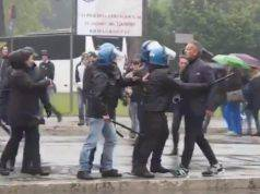 Sinisa Mihajlovic frenato dai poliziotti