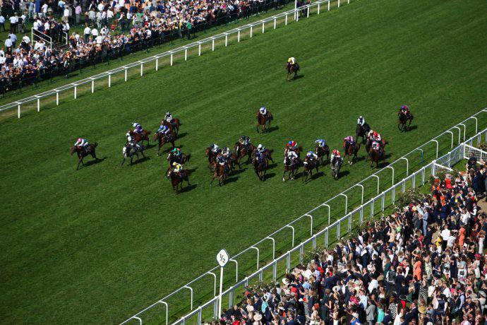 Ascot e la sua mitica corsa inglese di cavalli