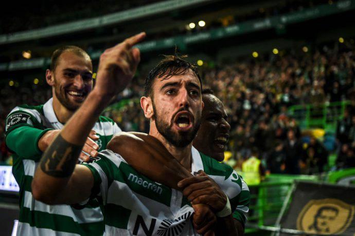 Bruno Fernandes esulta con la maglia dello Sporting