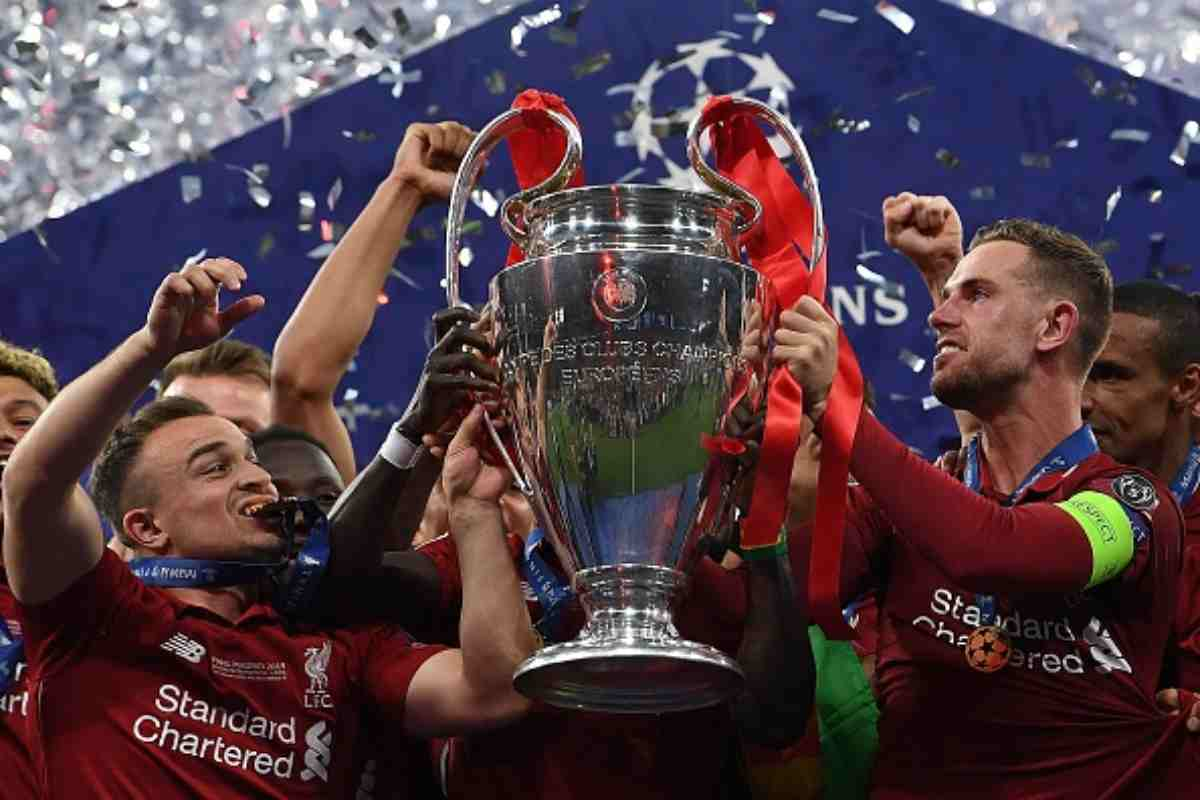 Liverpool festa social Champions