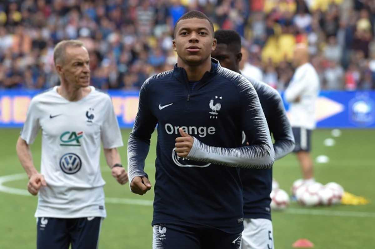 Champions League, PSG in ansia per le condizioni di Mbappé