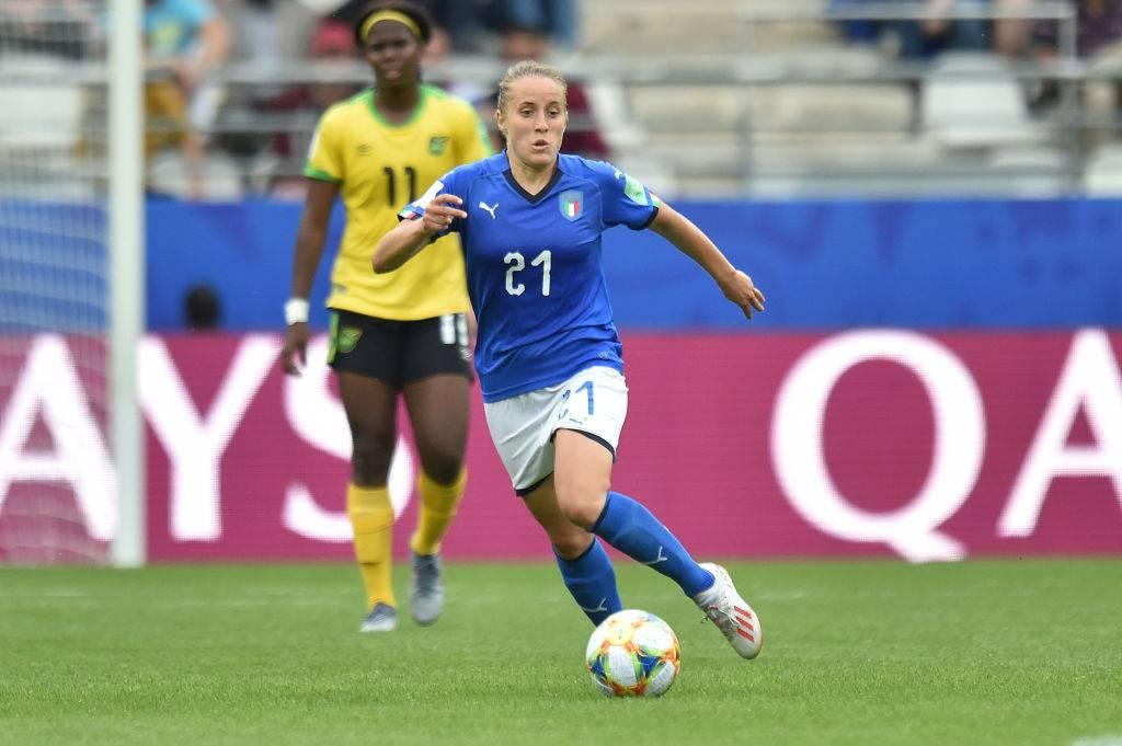 Valentina Cernoia: chi è il centrocampista della nazionale di calcio femminile
