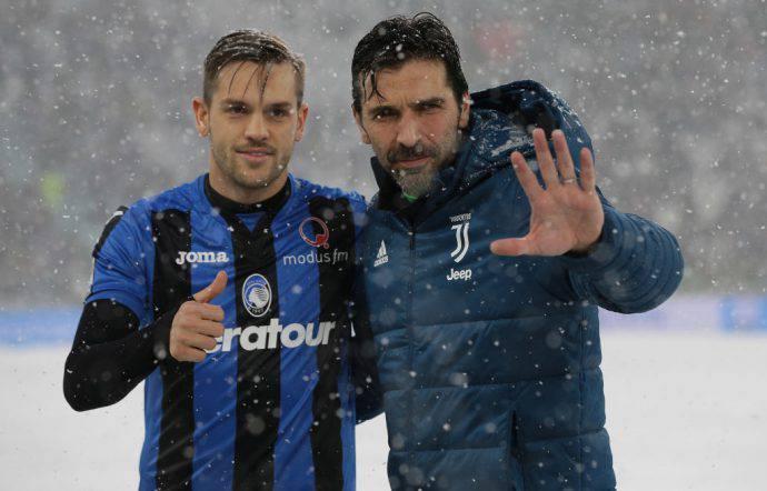 Toloi insieme a Buffon a Bergamo