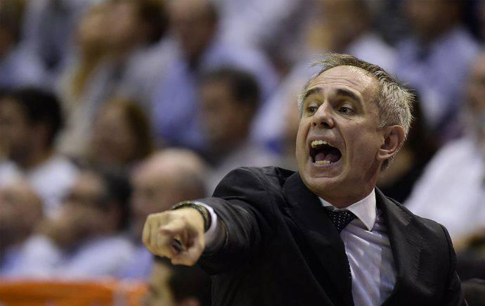 Marco Crespi, una roccia per le ragazze del basket