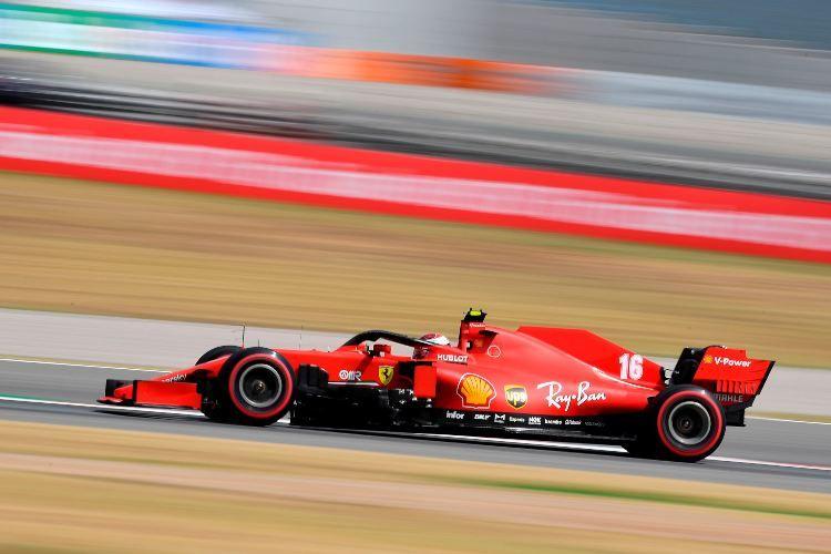 F1, vince Hamilton in Spagna davanti a Verstappen. Settimo Vettel in rimonta