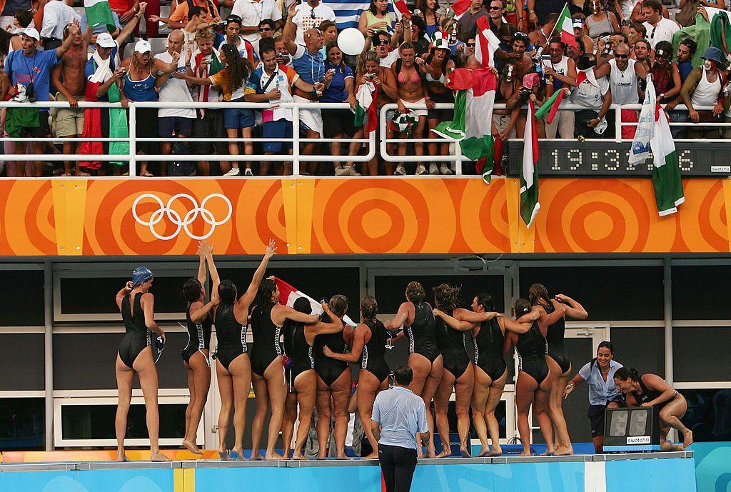 Setterosa festeggia medaglia olimpica