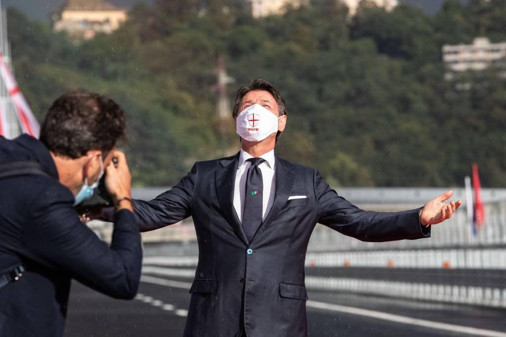 """Giuseppe Conte:""""Riapertura stadi inpooprtuna"""""""