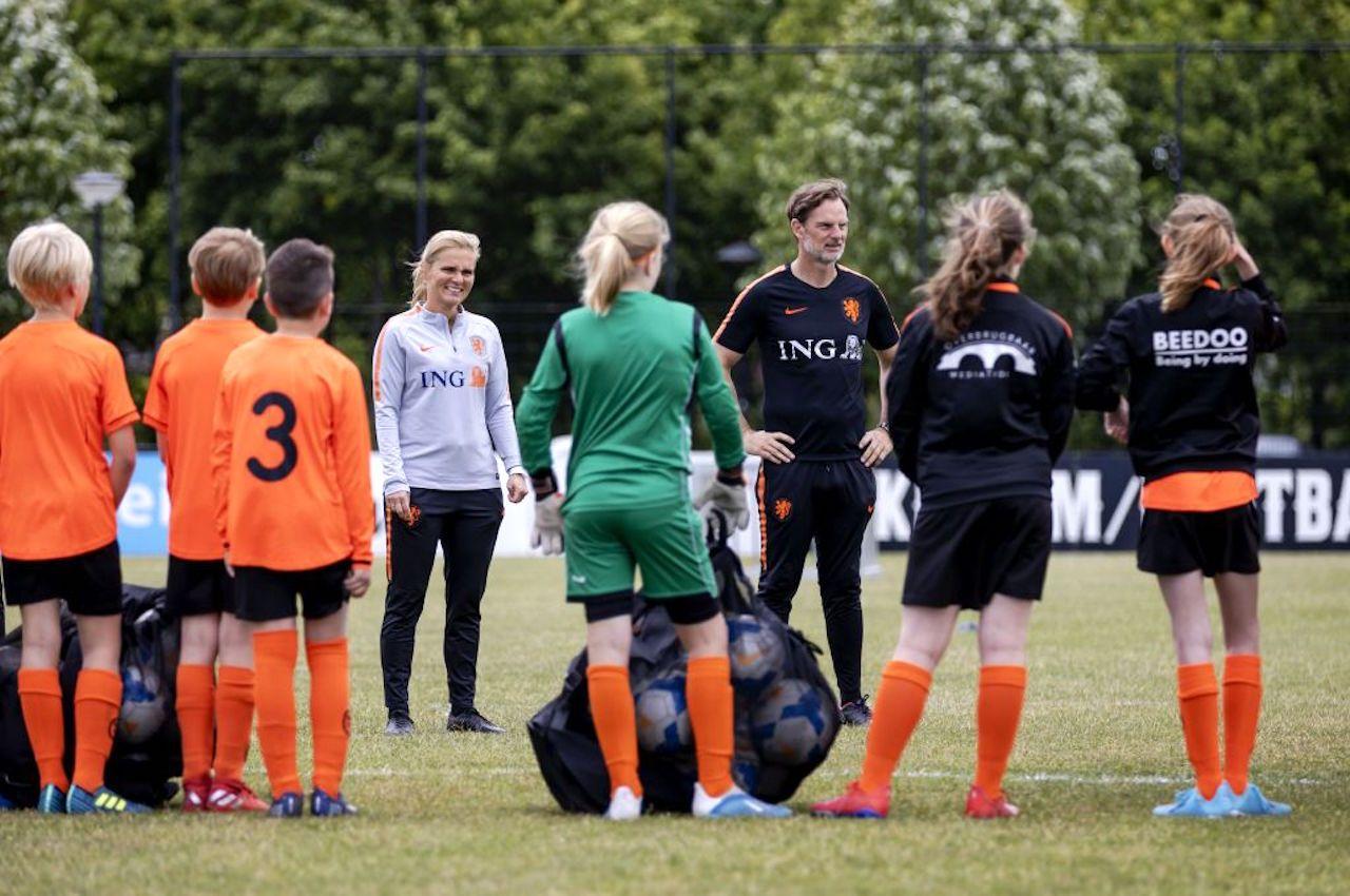 Calcio femminile | Rivoluzione Olanda, giocatrice entra in squadra maschile