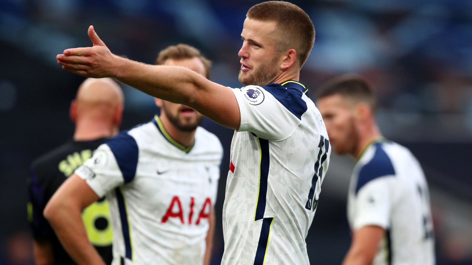 Carabao Cup | Eric Dier corre in bagno, Mou lo riporta in campo | VIDEO