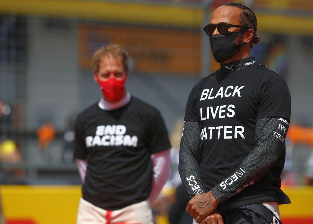 Formula 1 | Direttiva anti Hamilton: tutta allacciata fino al collo