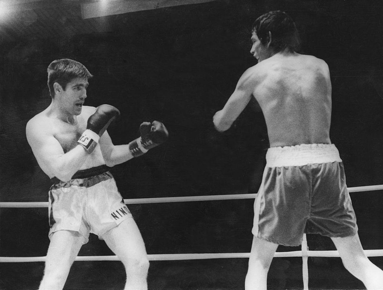 Boxe in lutto | È morto l'ex campione del mondo Mazzinghi ...