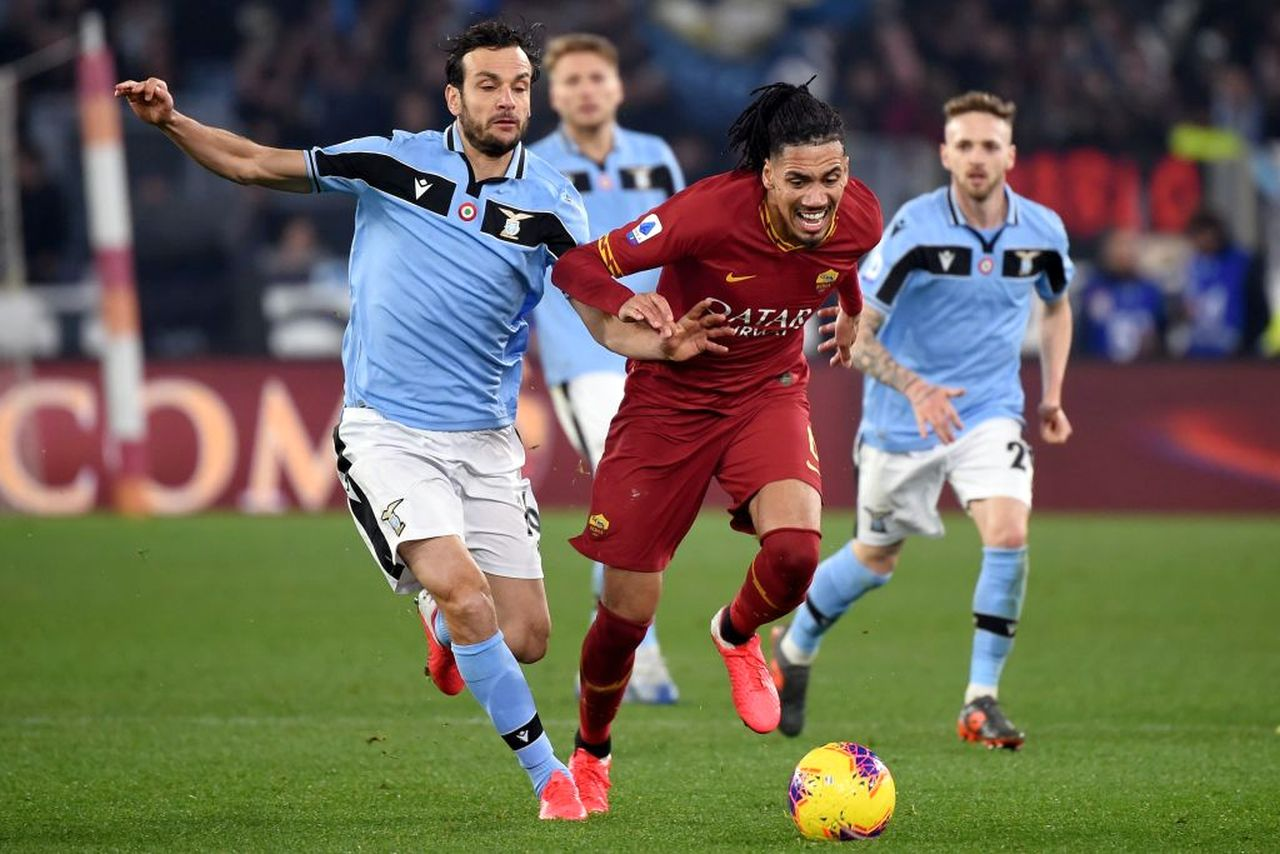 Calciomercato Roma | Smalling, ritorno vicino: cosa manca