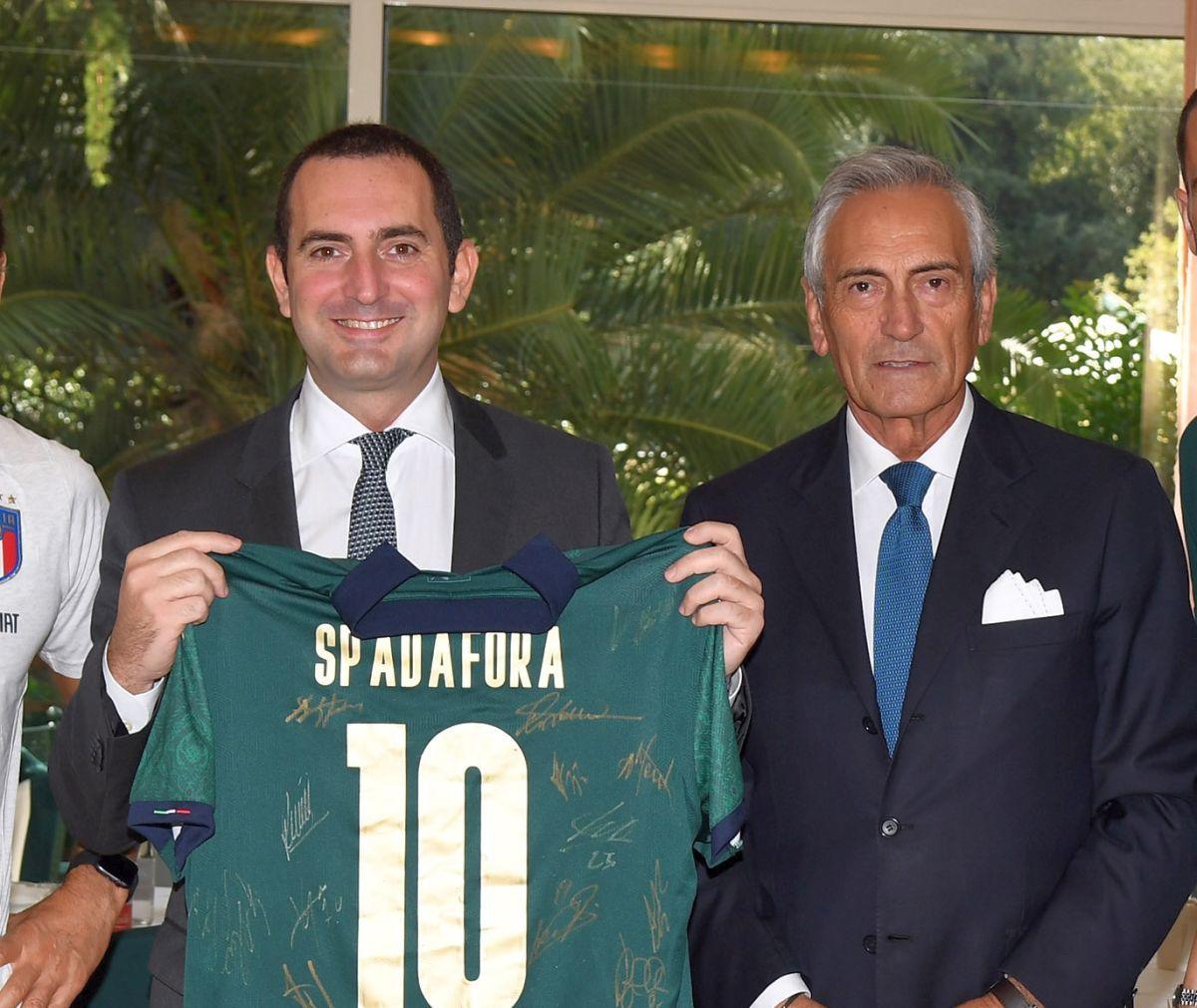 "Stadi aperti | Spadafora annuncia: ""Via libera per mille spettatori"""