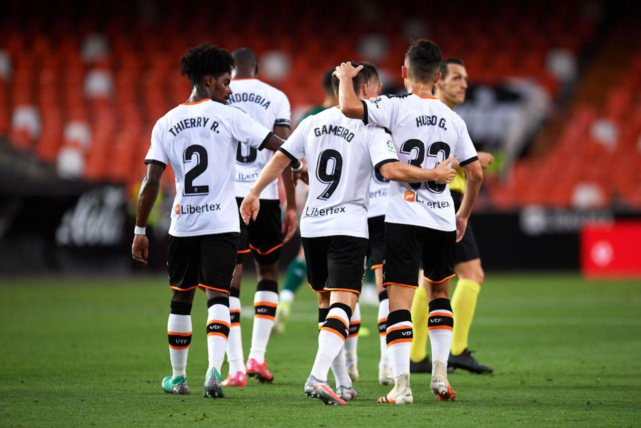 Valencia, ufficiale: due calciatori positivi al Covid